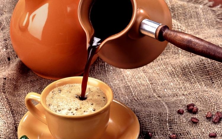 В чем варить кофе