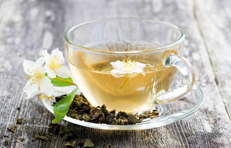 Чем полезен чай с жасмином
