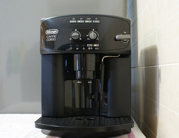 Кофемашина Делонги