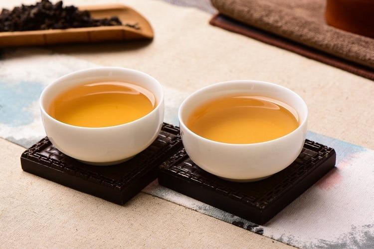 Заваренный чай Пуэр