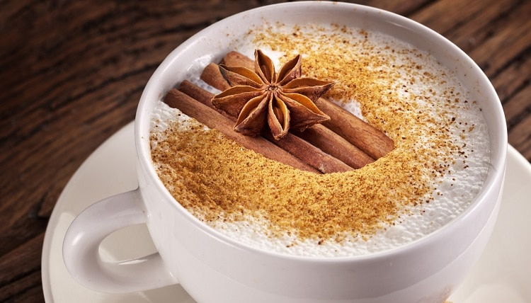 Корица в кофе