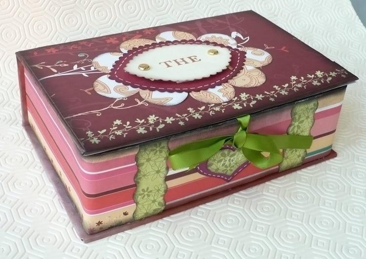 Коробка из книги