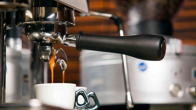 Рожок холдер в кофеварке