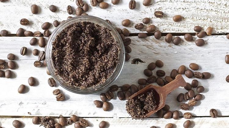 Приготовление кофейной маски