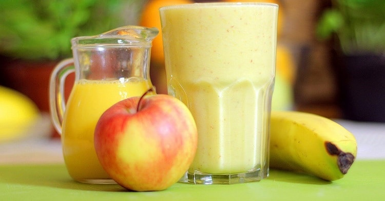 Смузи из яблока и банана